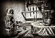 Questa e&#39; Pierina, l&#39; ultima mugnaia esistente di un piccolo borgo (Grezzano) situato nel cuore dell&#39; Appennino Toscano.<br /> Mi stava spiegando il funzionamento di una delle macine  del Mulino che lei stessa ha fatto girare per ben 50 anni.<br /> Non lo faccio mai, ma questa foto la dedico ai mie due piu&#39; grandi amici in assoluto Elfosem (Marco) e Torkio<br /> Buon fine settimana a tutti