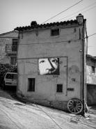 BRACCANO la città dei murales  [img]http://www.micromosso.com/immagini/staff.jpg[/img]